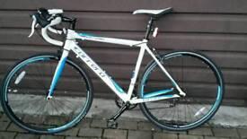 Carerra Virtuoso road bike size medium