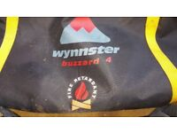 Wynnster 4 man tent in used good condition all poles pegs and set! In bag !Can deliver or Post!