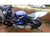 Suzuki GSXR 600 k4 - Lots of extras