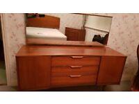 Dresser dressing table and mirror retro vintage