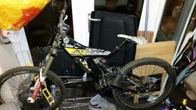 Intense m1 frame and rear wheel