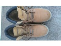 Men's size 9 Sketchers Work Boots