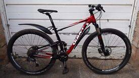 Giant Anthem X 29ER 2 Mountain Bike RockShox Shimano SRAM