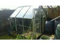 Aluminium Greenhouse 8' x 5'