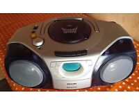 PHILIPS AZ-2010 PORTABLE HI-FI IN GREAT CONDITION IF FULLY WORKING ORDER CD/TAPE/TUNER