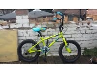"SALE ""Apollo Ace Kids Bike - 16"" Wheel"""