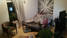 2 bed very large city centre flat for rent