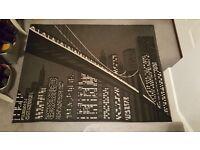 BLACK & WHITE/CREAM NEW YORK RUG - SIZE 160CM x 120 CM
