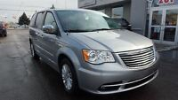 2015 Chrysler Town & Country Limited Nav,Leather,Pwr/Sliding Doo
