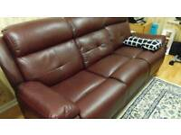 Exquisite leather 3 seater sofa fully recline