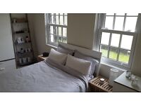 2 Bedroom flat to rent in Exeter, Quayside