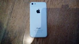I phone 5c in white , smashed screen but fully working