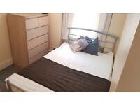 Cute Double Room, Super Convenient Location