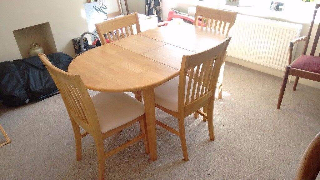 Light Oak Extending Table and 4 Chairs