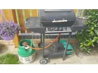 Gas barbecue with a bottle faulty