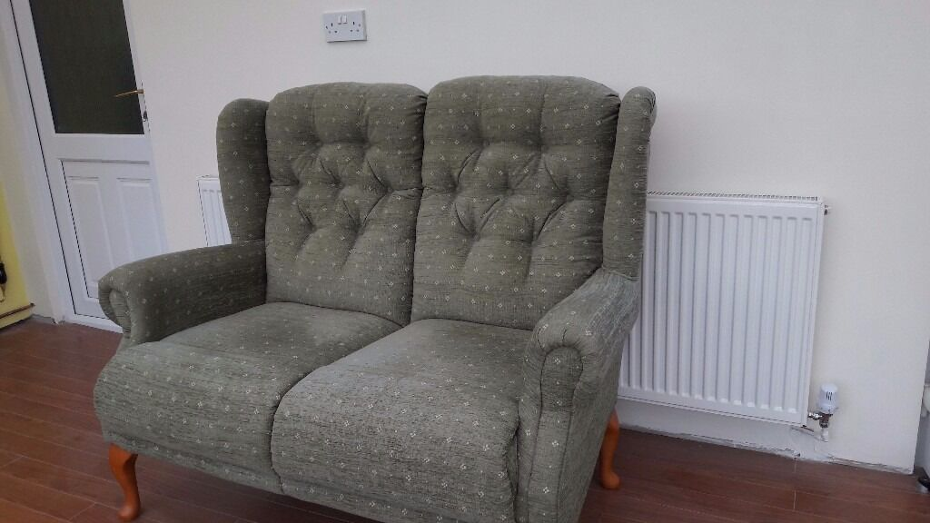 Cottage Style 2 Seater Sofa And Chairs Excellent Condition