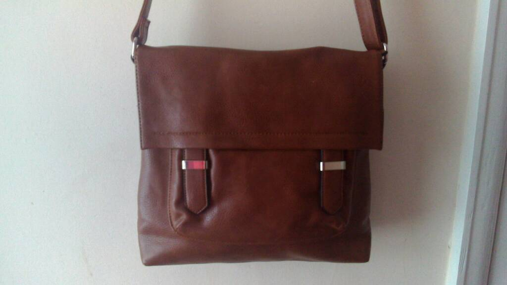 Mark and Spenser Ladies genuine leather bag
