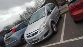 Vauxhall Zafira Design 2.2 Automatic very reliable car