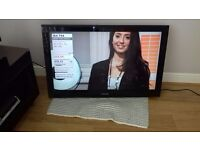 Samsung 40'' wall mounted tv Model LE40A558P3F