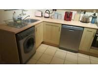 Kitchen with Hotpoint Aquarius Dishwasher