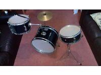 Kids Drum Kit £35