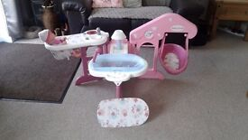 Smoby Baby Nurse doll play station. Everything a baby needs in one toy. Folds away.