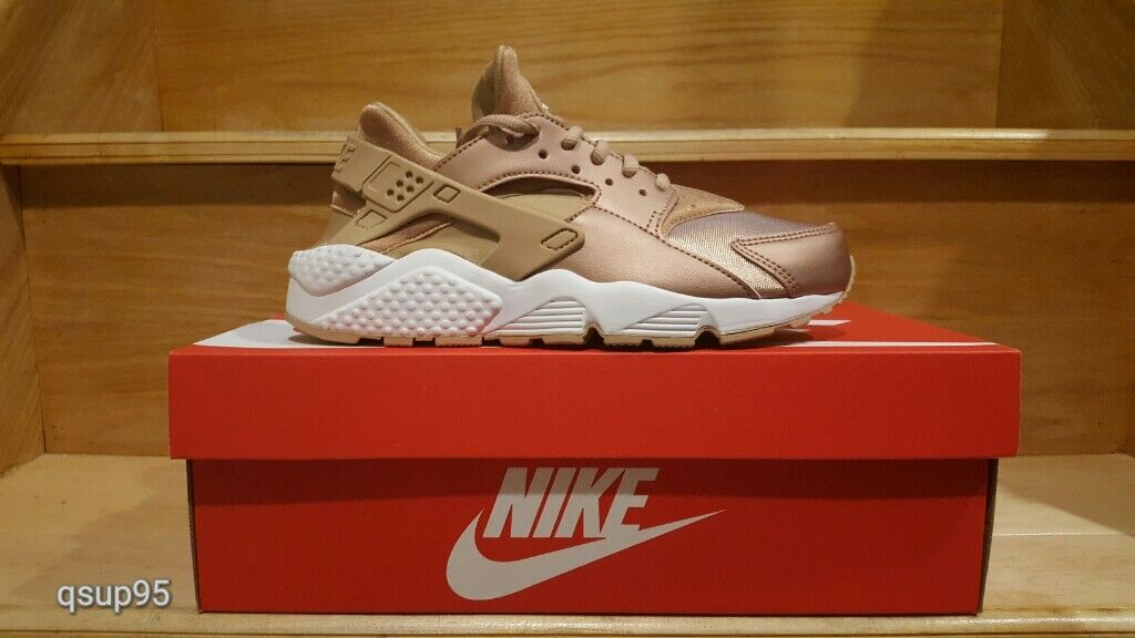buy online 463f9 06547 where to buy nike air huarache womens red gold 72d8c 299ba