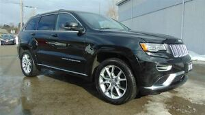 2016 Jeep Grand Cherokee SUMMIT 4X4 - ONLY 8,500 KMS