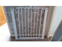 John Lewis stair gate pressure fit or screw fit