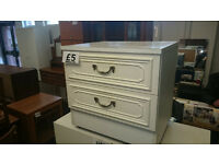 White set of drawers on casters