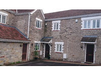 Attractive 2 bed cottage style house near Keynsham high Street