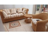 Conservatory Settee/Chair/Coffee Table/Prof.Upholstered