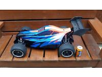 rc car 1/5 scale very big and powerful.