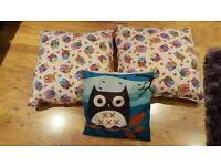 Cushions (Owl theme)