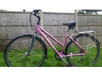 "LADIES HYBRID BIKE..19"" FRAME..700c WHEELS..EXCELLENT CONDITIONS BIKE..READY TO RIDE"