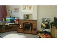 Large double room with its own fire place in a beautiful 4 bedroom house share