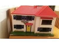 Beautifull triang dollhouse plus complete original furniture