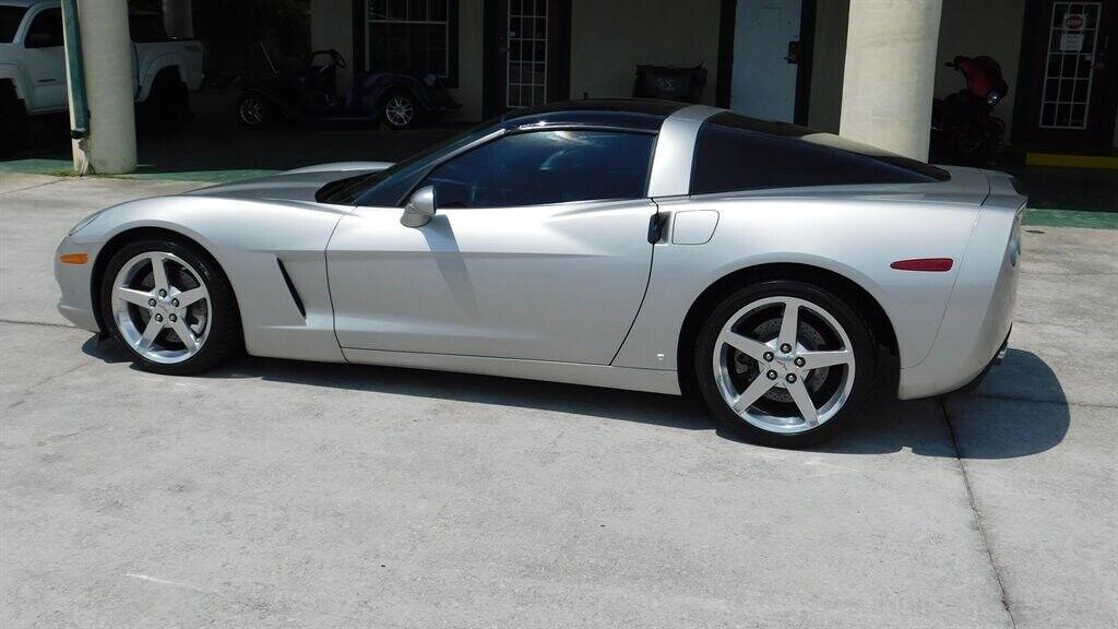 2006 Silver Chevrolet Corvette   | C6 Corvette Photo 4