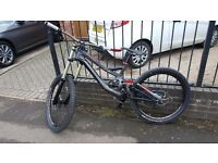 2014 Specialized Demo 8 MINT CONDITION!! Downhill Freeride Jump Trail Trials bike!