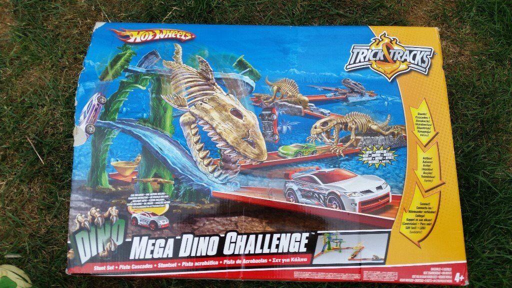 Hot Wheels Mega Dino Challenge Trick Track In Topsham