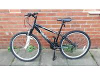 Teen's/Adults Apollo Slant. 14 inch frame. 18 speed. Good condition ready to ride