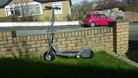 Electric scooter Razor e300