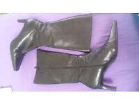 Vintage Leather Calf-length High Heeled Boots - Size 7/Black