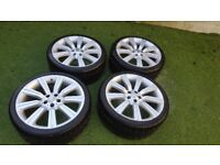 "Range Rover/DIscovery/VW T5, 22"" Range Rover alloy wheels, with Nexen tyres all round."