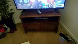 BARGAIN SOLID WOOD TV STAND WITH STORAGE ONLY £80