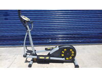 Gold's gym cross/elliptical trainer in great condition