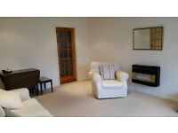 Spacious and Sunny 2 Bedroom Flat in Henley in Arden