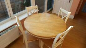 Stunning cargo solid oak dining table and chairs