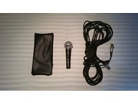 Shure SM58 with Microphone Lead