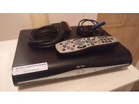 Sky HD box with WiFi DRX-890WL 500gb
